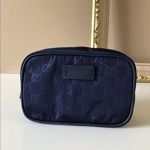 Gucci cosmetics Bag